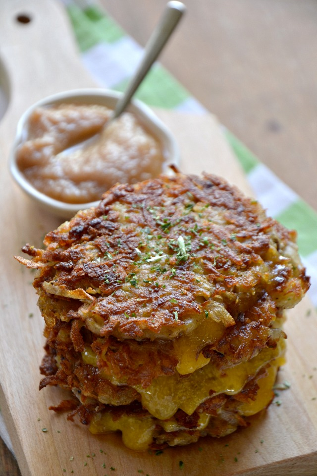Grilled-Cheese-Latkes-Nosher2